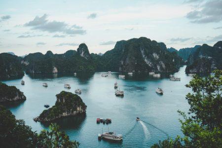 Halong, icono turístico de Vietnam, declara la guerra al plástico
